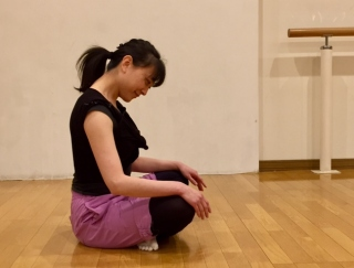 目指せ美姿勢!バレエダンサーが教える、猫背改善のおすすめストレッチ