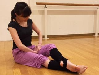 美脚に王手!バレエダンサーが教える、内ももすっきりストレッチ