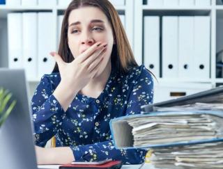 【睡眠のお悩み解決】残業で帰宅の遅い毎日。いつも睡眠不足で体がツラいです