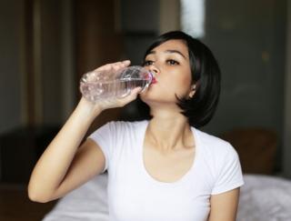 1日の水分摂取量を管理できるアプリ「水バランス―リマインダー、ウォータートラッカー、水分補給」
