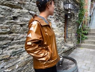 寒暖差のある季節や旅行先でも!持ち運びに便利な軽量ジャケット #Omezaトーク