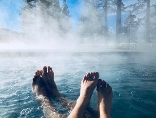 美肌効果を得られるのはアルカリ性? プロが実践する失敗しない温泉の選び方