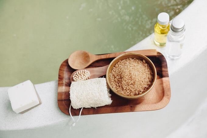 お風呂の淵に置いてあるバスソルト