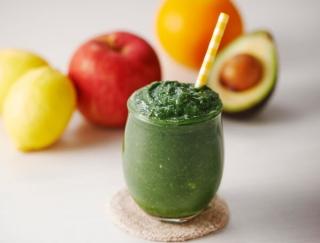 複数のサプリメント不要!50種類以上の栄養成分がとれる「スピルリナ」のおすすめレシピ