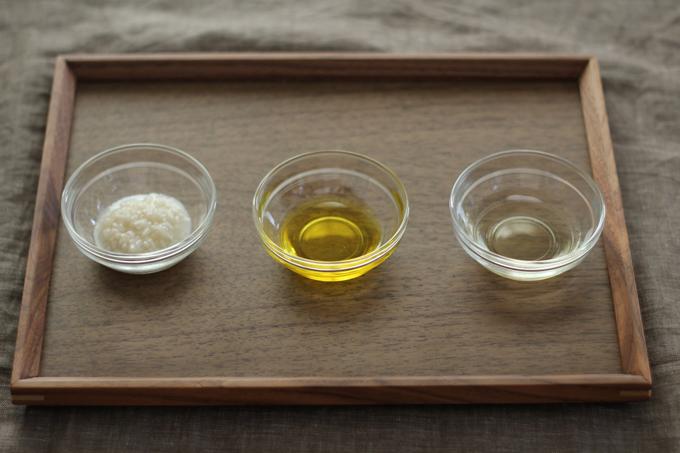 オイルや発酵調味料