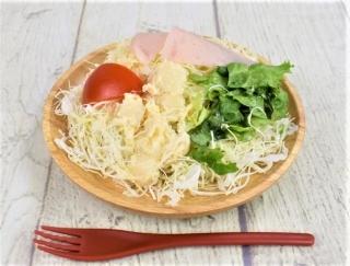 香ばしいポテトサラダがあとを引くおいしさ! ファミマの「フライドオニオン入りポテト&ハムサラダ」