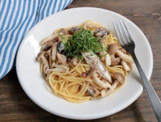食物繊維が豊富で食べ応え満点!エダジュンの「イワシとしめじのペペロンチーノ」#缶詰レシピ