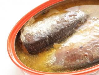 サバ缶だけじゃない!中性脂肪とコレステロールに効果的な「イワシ缶」