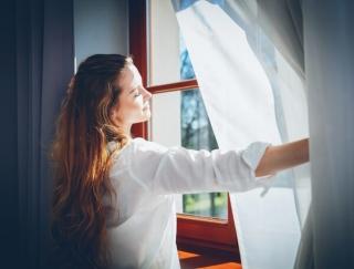 「窓の閉めっぱなしはNG!」知らないと逆効果な正しい花粉症対策