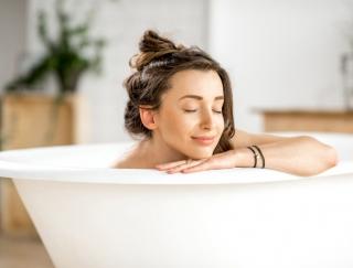 """適温は40度!さまざまな健康効果を期待できる""""正しい入浴法"""""""