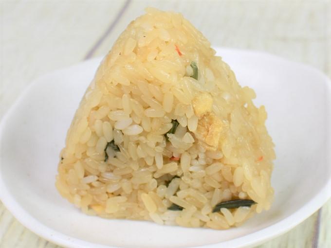 「おこわ米八監修 山菜おこわおにぎり」の画像