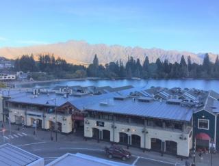 空間や眺望も自慢。クィーンズタウン屈指の人気カフェとダイニング【ニュージーランド#4】