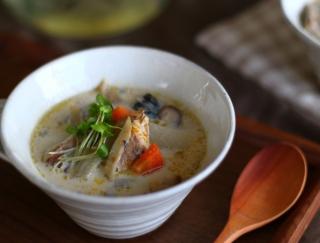 ダイエット成功の秘訣は「たんぱく質」にあり!心も穏やかになる「さば缶の豆乳カレースープ」