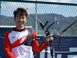 目指すは満員の会場で金メダル! パラアーチェリー・上山友裕選手に聞く「スポーツを続けるメリット」とは