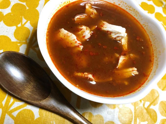 サラダチキン入り麻辣火鍋スープ