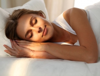 """""""朝シャワー""""はNG!?スッキリ目覚めを実現する「正しい睡眠習慣」"""
