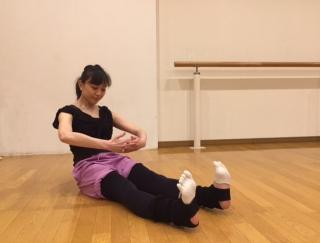 バレエダンサーが教える、体幹を鍛えるストレッチ3STEP<初級編>