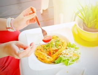 """朝食がポイント!「体幹リセット""""食事編""""」でモデルボディがさらに近づく!"""