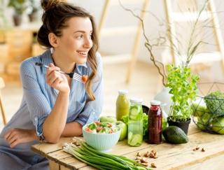 栄養価が高すぎる「タイガーナッツ」が話題! 健康オタク・菜々緒さんの美の秘訣