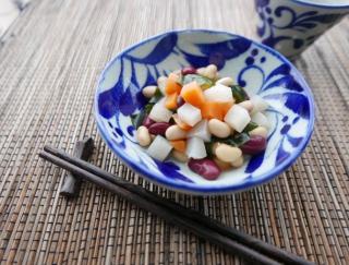 美肌効果も期待! 麹と食物繊維で腸スッキリサラダ