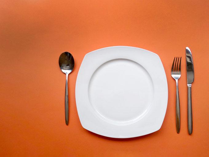 食器を写した画像