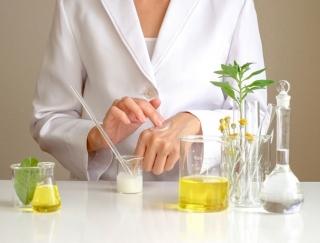 メイク製品を作る成分「油剤」ってどんなもの? 美肌を保つための正しい知識