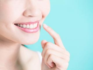 """奥歯は""""アイ~ンのポーズ""""でみがくべし!正しい歯みがきで虫歯予防♪"""