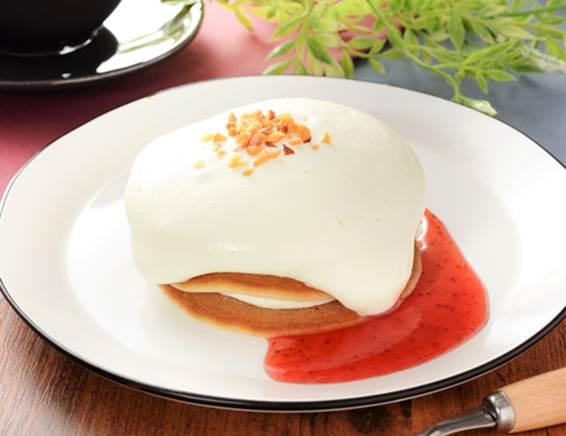 「チーズクリームのパンケーキ(ベリーソース仕立て)」の画像