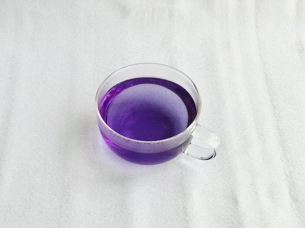 バタフライピーが紫に変色!