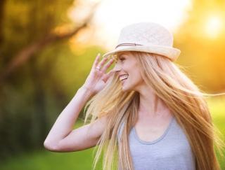 2〜4月生まれの7月は、給料アップが期待できる予感。素敵な帽子でお出かけを♪