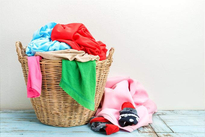 洗濯ものが溜まっている画像