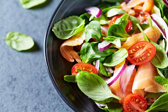 野菜とサーモン