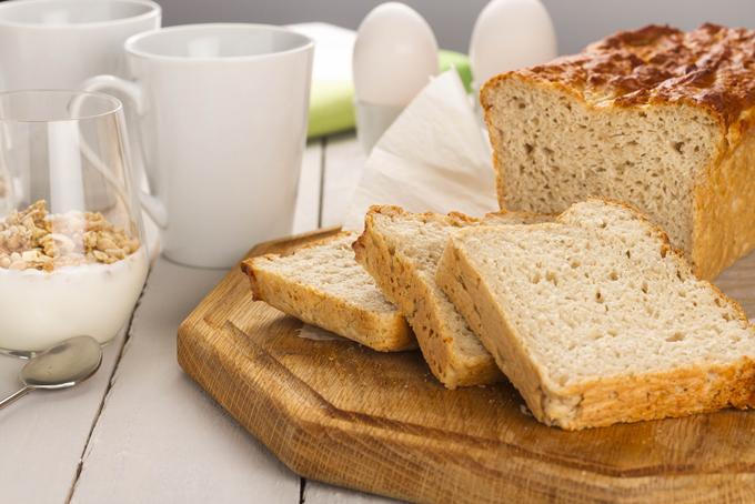 パンや牛乳など