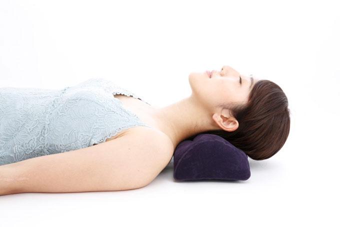 かまぼこ枕の使い方