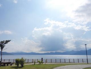 早割がお得!山も湖も楽しめる北海道の大自然を満喫。レンタカーで快適な「札幌旅」