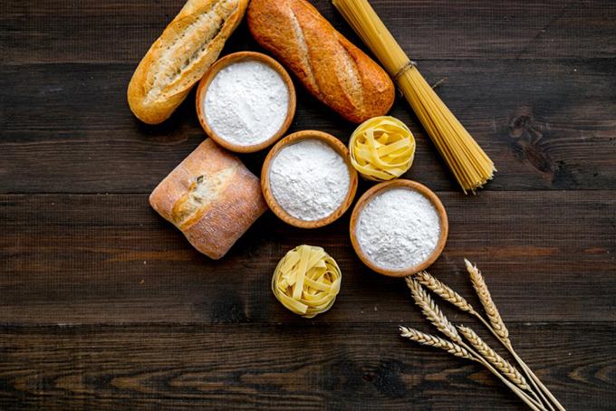 糖質のパンやパスタ