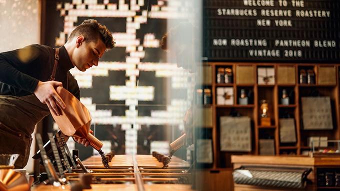 コーヒー豆の焙煎をする男性