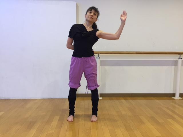 武田亜希子さん背中すっきりエクササイズ2