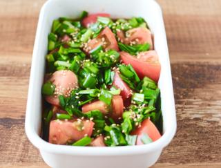 切って混ぜるだけのクイック副菜「トマトのにらだれ和え」♯今日の作り置き