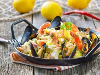 地中海食のひとつ、スペイン料理のパエリア