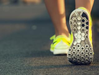 歩くと想像以上に健康に。12週間のウォーキングがその後の自分を変える!