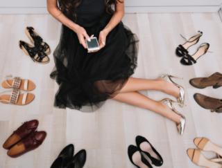 今日のコーデをアプリが決めてくれる♡ 洋服選びに使える「服の仕分けアプリ smoothy」