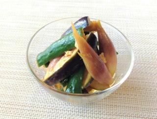 旬の野菜をたっぷり補給!「夏野菜のピリ辛さっぱりジンジャーマリネ」