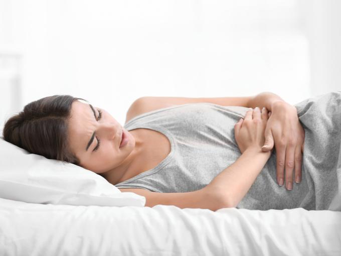 子宮内膜症に苦しむ女性