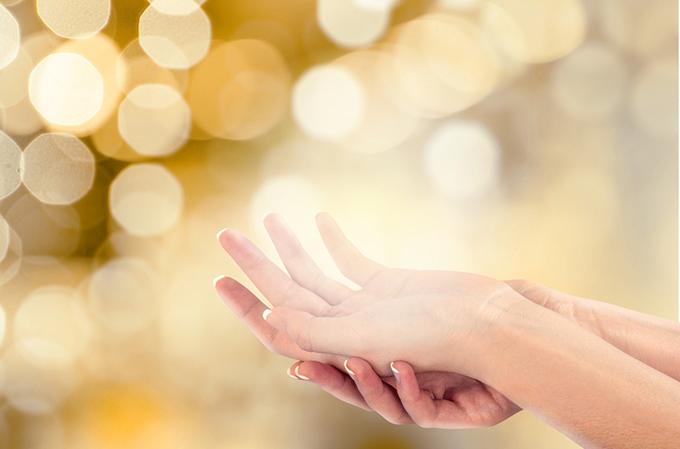手と光の写真
