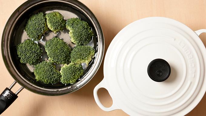 [ブロッコリーの栄養]茹でる、無水調理、レンジ加熱で違うの?