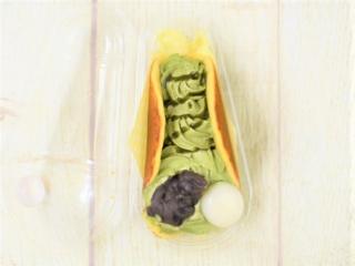 フタを開けた「宇治抹茶クリームどら」の画像
