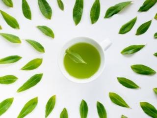 緑茶と茶葉