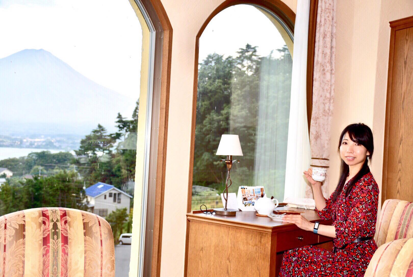 紅茶を飲んでいる森田さん
