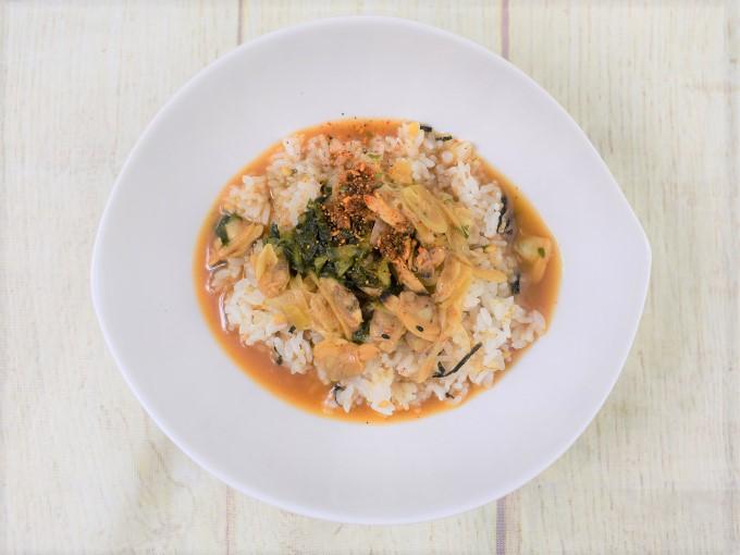 お皿に移した「深川丼(あさりとねぎの味噌仕立て)」の画像